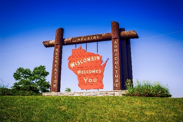 Wisconsin Welcomes You sign